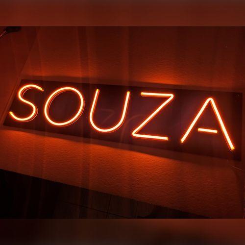 Letreiro Neon de LED Personalizada - Nome, frase ou palavra com 5 Letras - Laranja Placa Personalizada Neon LED LARANJA- Nome ou palavra com 5 Letras