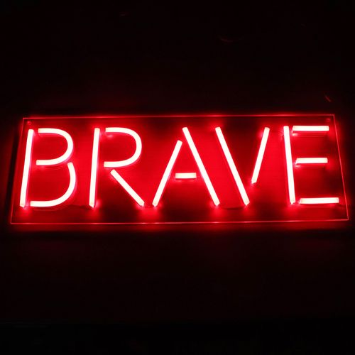 Letreiro Neon de LED Personalizada - Nome, frase ou palavra com 5 Letras - Vermelho Placa Personalizada Neon LED VERMELHO- Nome ou palavra com 5 Letras