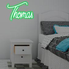letreiro-neon-led-estilizado-com-nome-verde