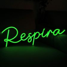 placa-de-neon-led-com-escrita-respira