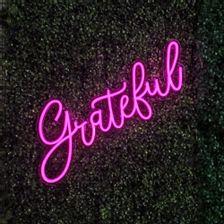 letreiro-em-neon-led-rosa-grateful