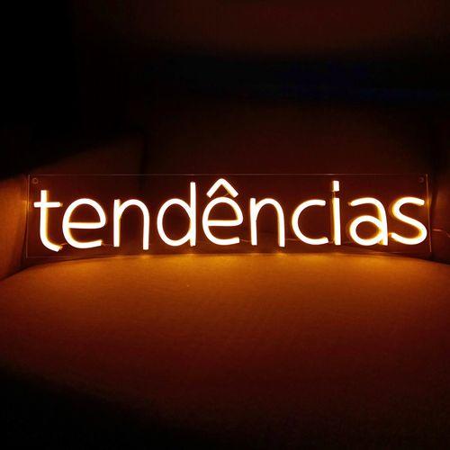 letreiro-neon-personalizada-laranja-tendencias