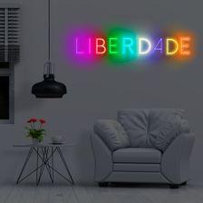 letreiro-colorido-rgb-liberdade