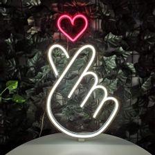 placa-neon-led-dedo-coracao-2