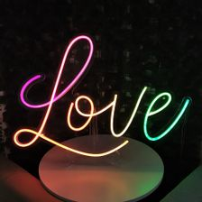 letreiro-placa-neon-led-love-rgb-2